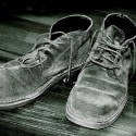 SebaldeburenCO2nee verzamelt schoenen voor Verhagen
